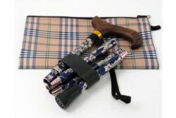 Lille sammenklappelig stok med taske