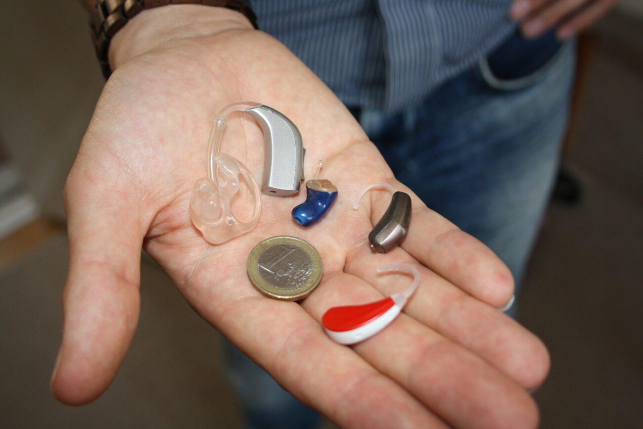 Høreapparat som hjælpemiddel